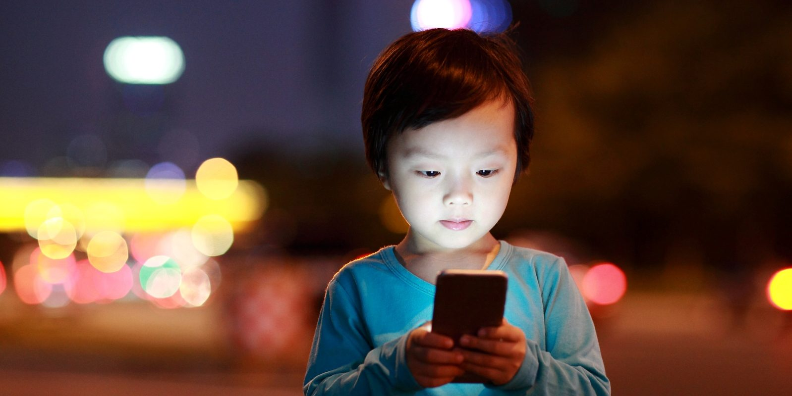 New Screen Time Guidelines and Tips to Unplug, by Michelle Kartan, MD, Powered by Nemours Children's Health System