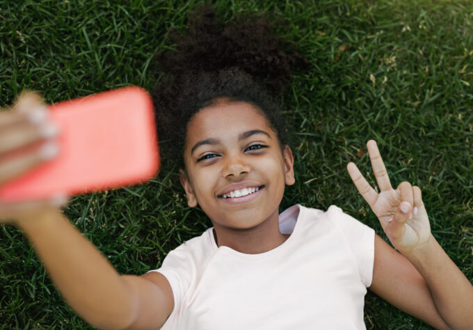 Kids and Mobile Devices: What's Up With Social Media?, Powered by Nemours Children's Health System