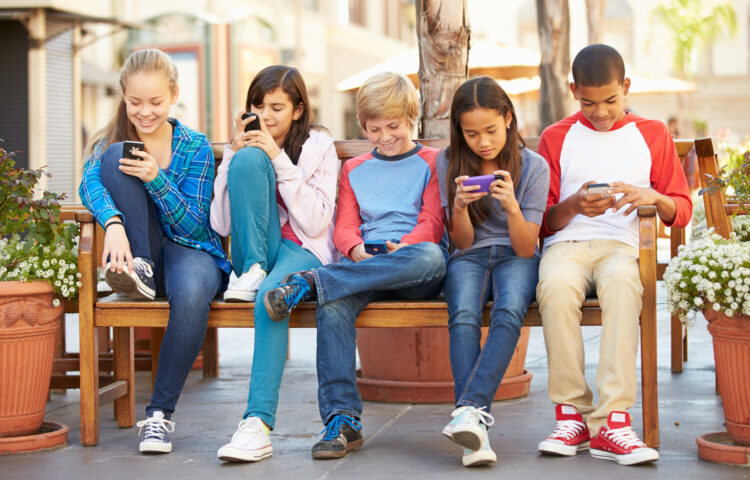 Kids and Mobile Devices: What's Up With YouTube, School Apps, and Messages?, Powered by Nemours Children's Health System