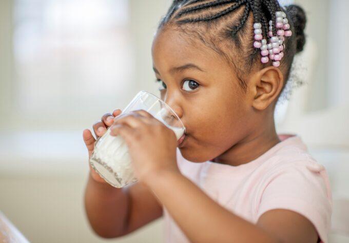 Breaking Down the Nutritional Breakdown of Milk Varieties
