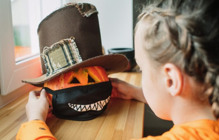 10 Tips for a Safe Halloween This Year